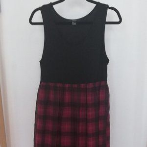 Grunge Black and Red Checked Maxi Dress - L